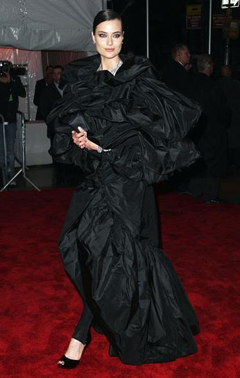 Canada's own Shalom Harlow at the Met 2009 Costume Institue Gala