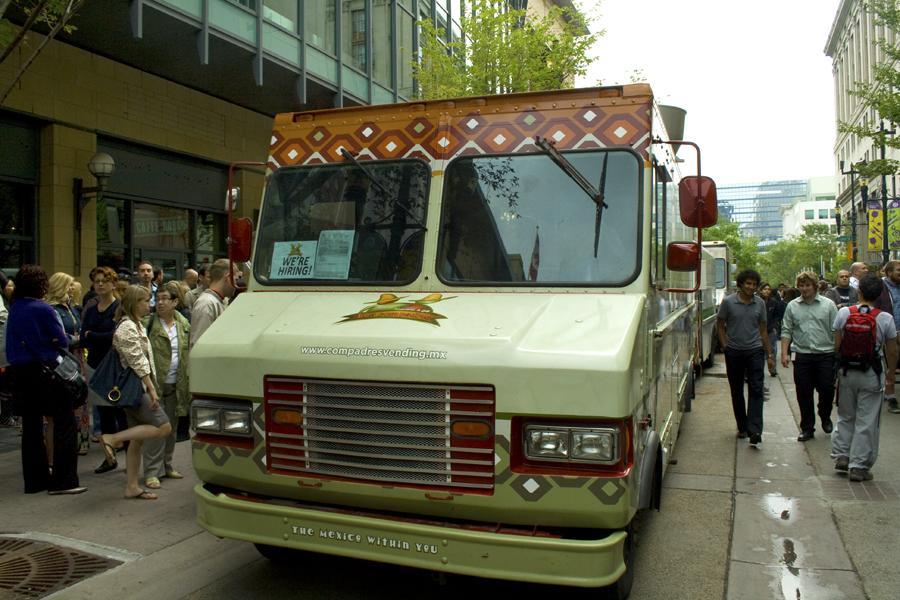 Los Compadres - YYC Foodtrucks - authentic mexican tacos Calgary